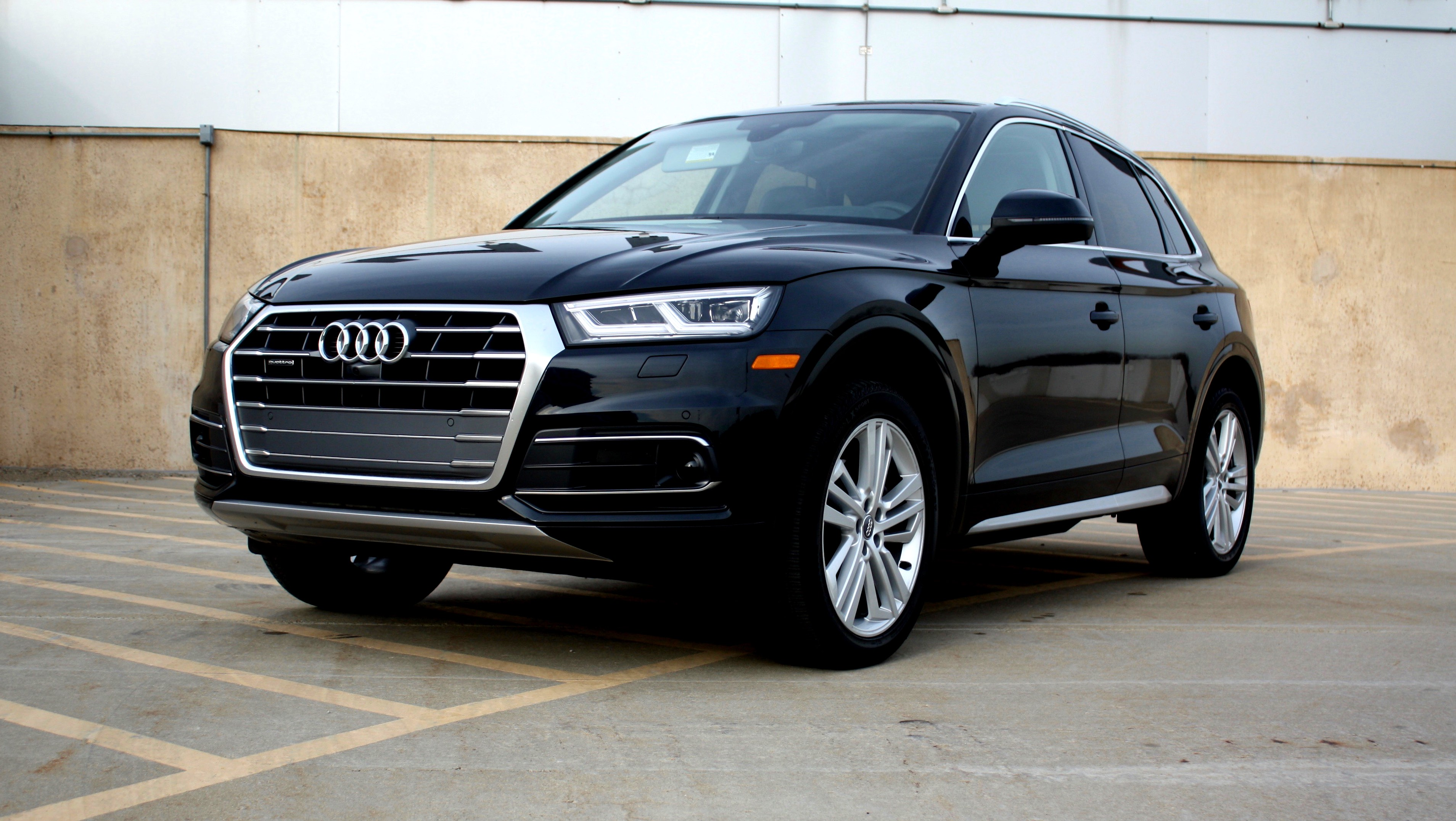 A Sea Of Calm Behind The Wheel The Audi Q Reviewed Ars - Audi car q5