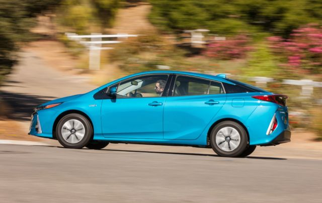 Review: Toyota's new Prius Prime needs more battery | Ars Technica