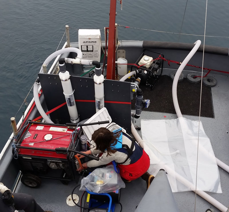 Measuring Beaufort Sea methane aboard the R/V Ukpik.