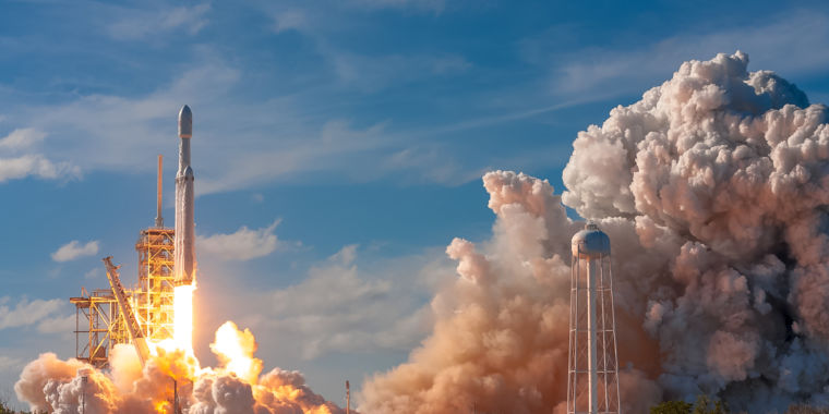 Air Force certifies Falcon Heavy, orders satellite launch for 2020