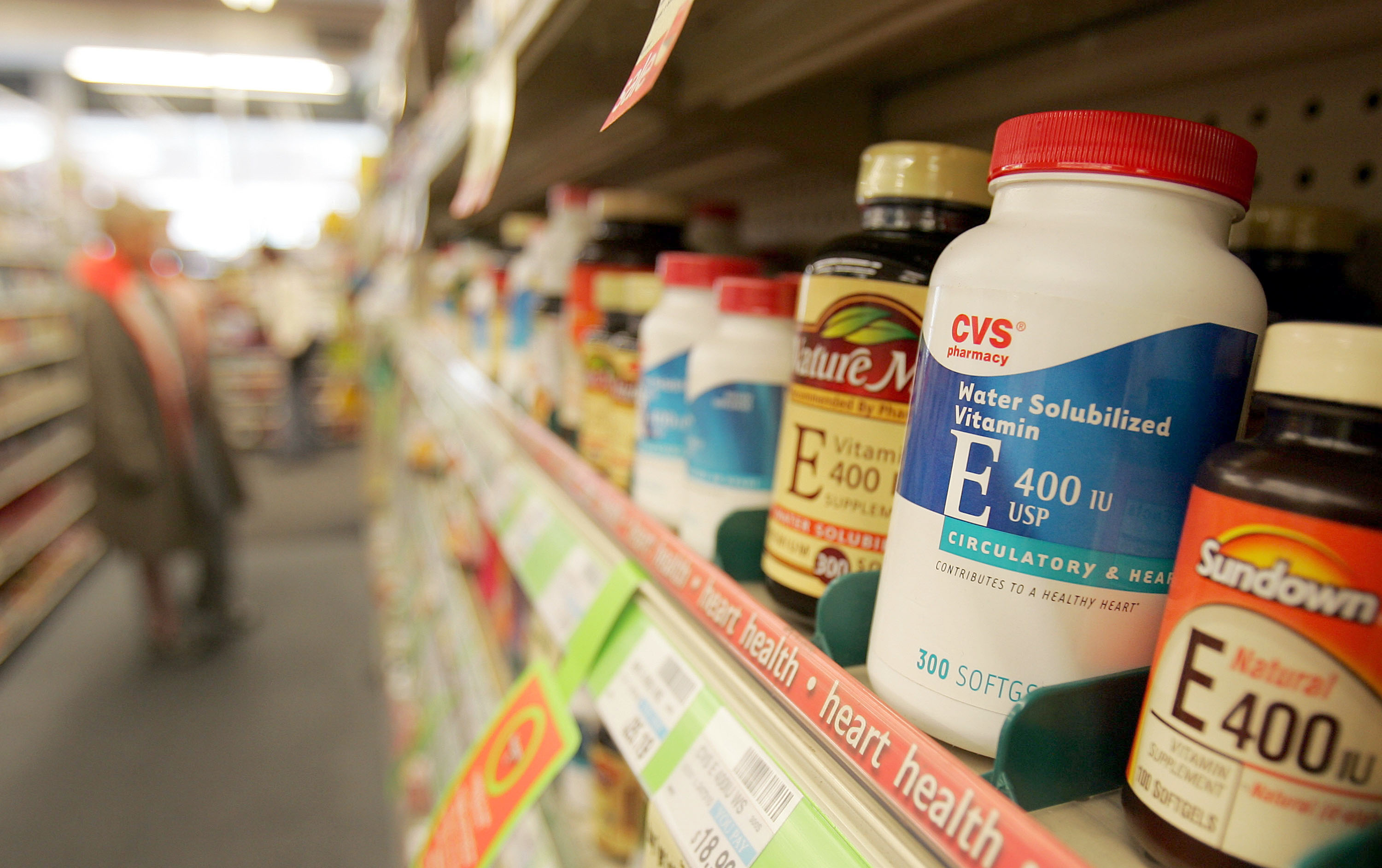 Supplements are a $30 billion racket—here's what experts