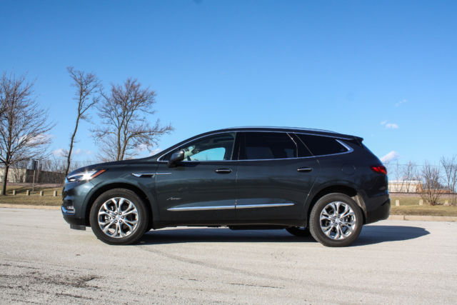 Review Buick Aims High Falls Short With 60 000 Enclave
