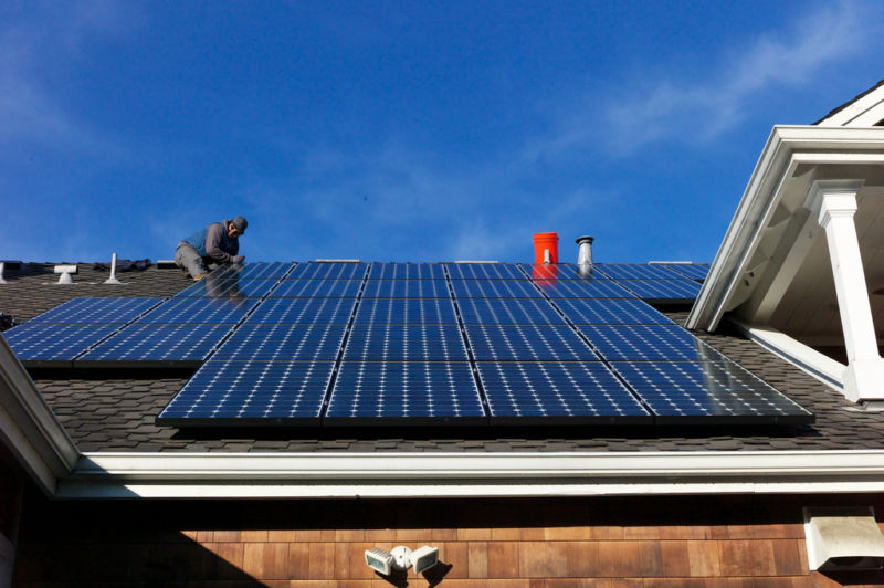 A solar panel on every roof in the US? Here are the numbers | Ars