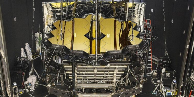 James Webb Telescope sun shield snags, further launch delays likely