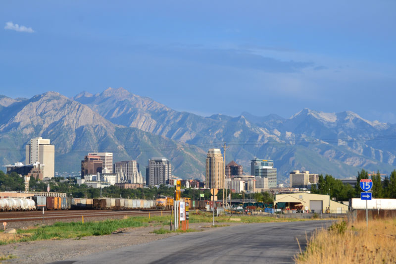 In Salt Lake City, suburban sprawl is bad news for climate change