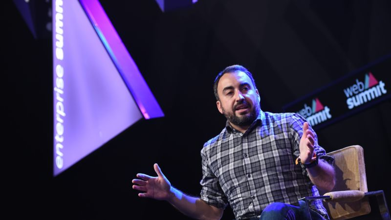 Facebook Security Chief Plans to Step Down