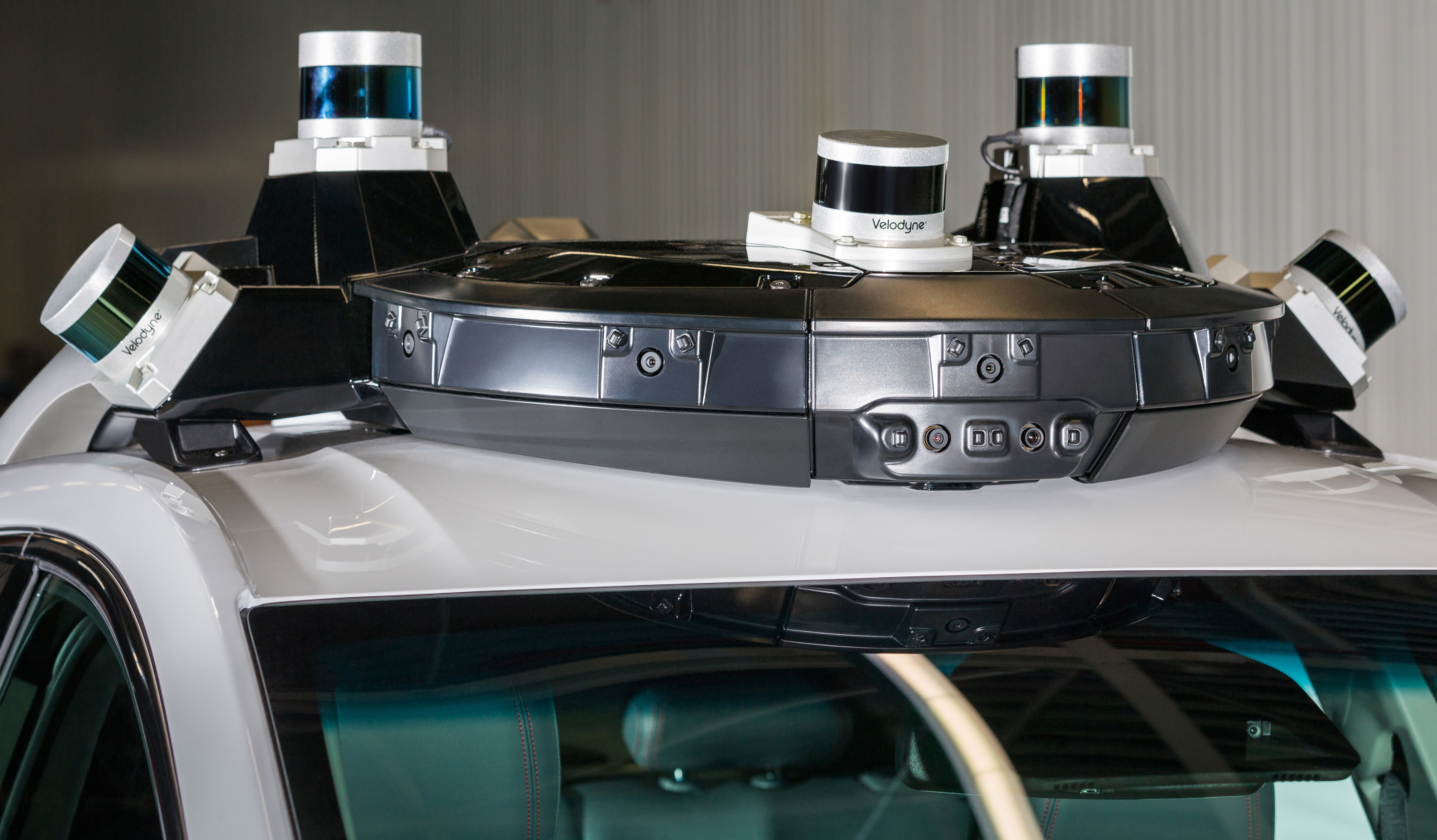 Sensors on top of a Cruise vehicle.
