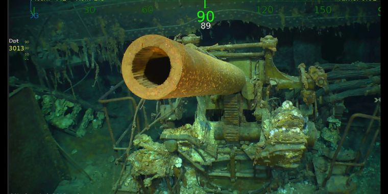 "World War II carrier ""Lady Lex"" found 2 miles under sea by Allen expedition"