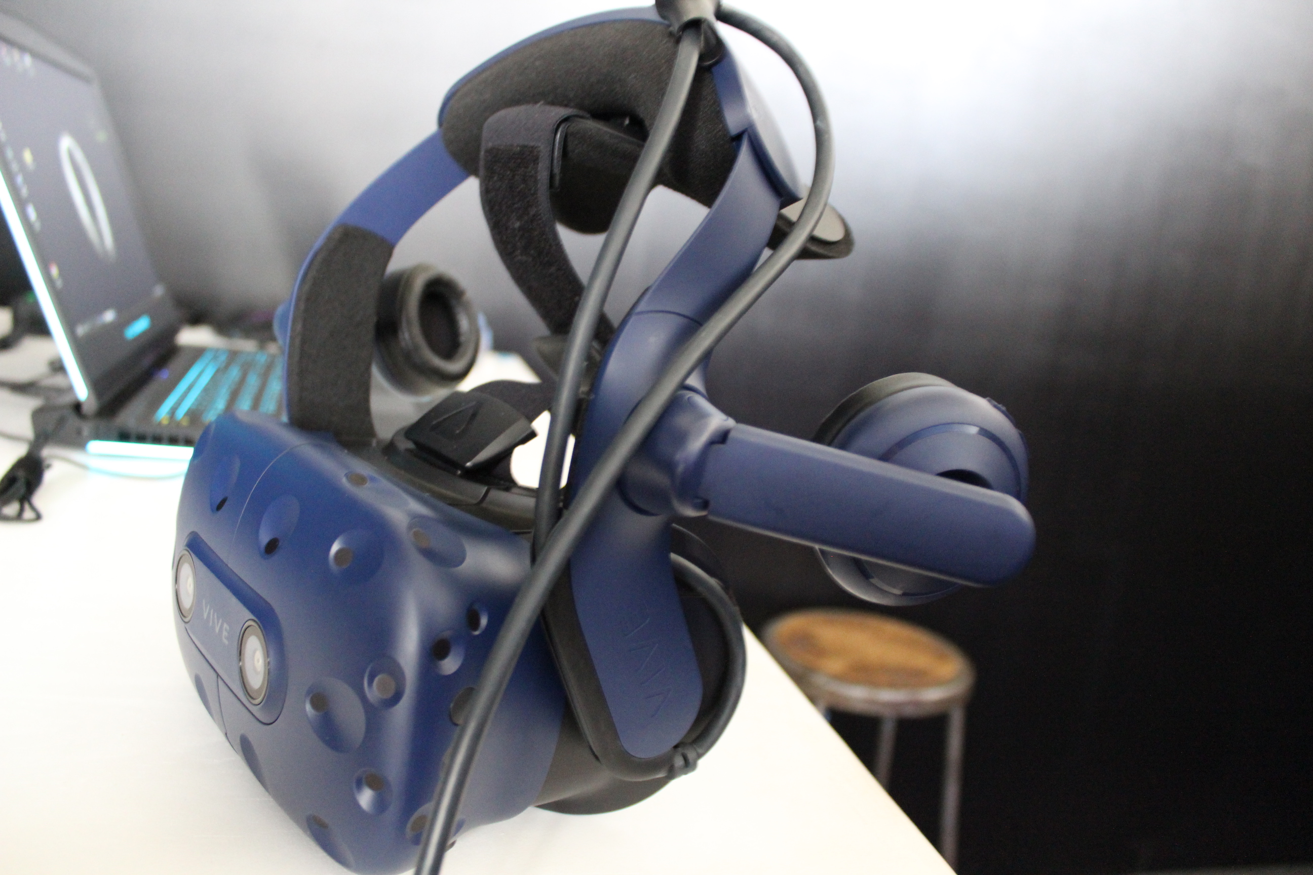 Eyes-on with the HTC Vive Pro: Not a revolution, but also