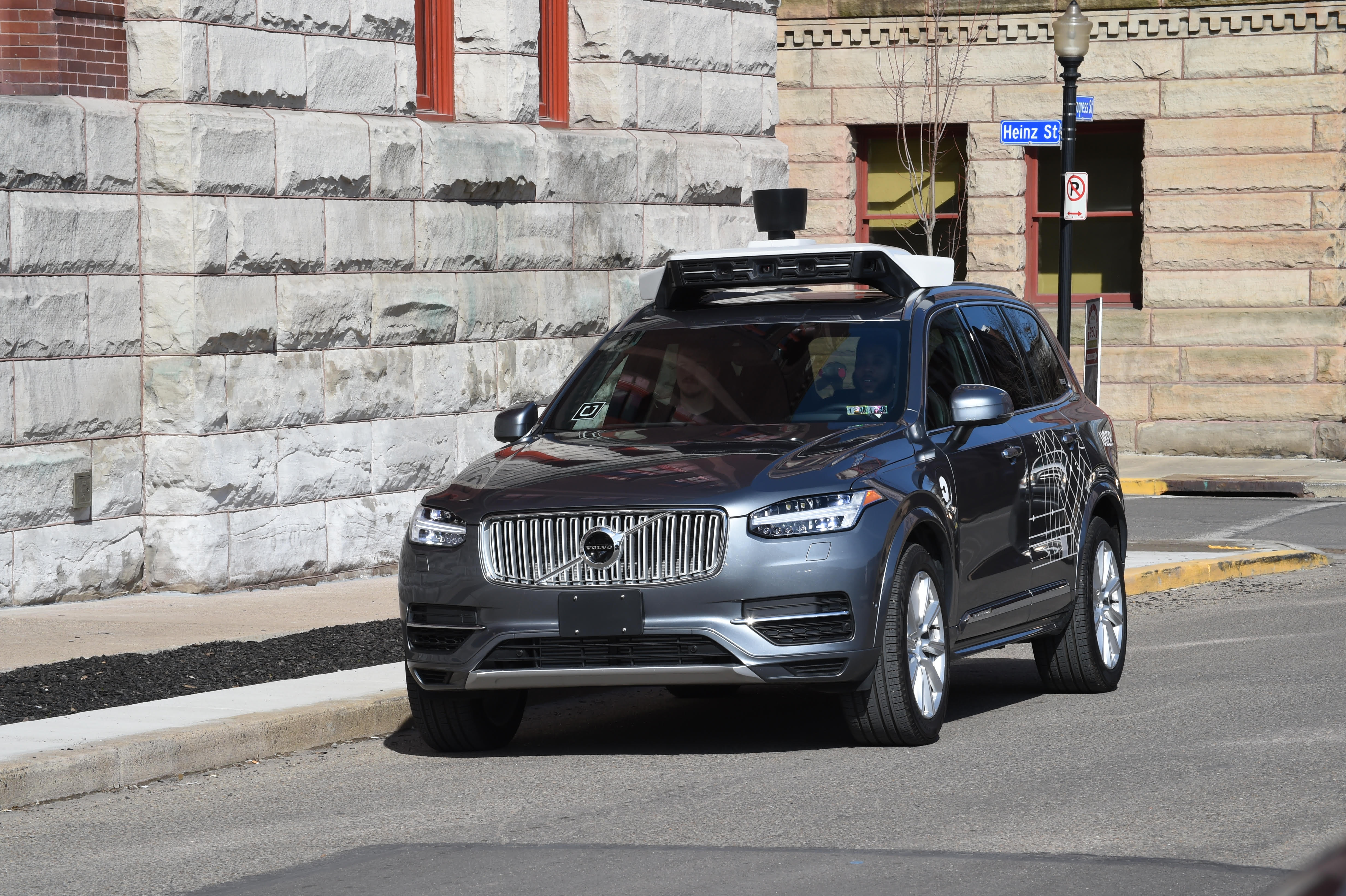 Uber Black Driver >> Uber self-driving car crashes into another car in ...