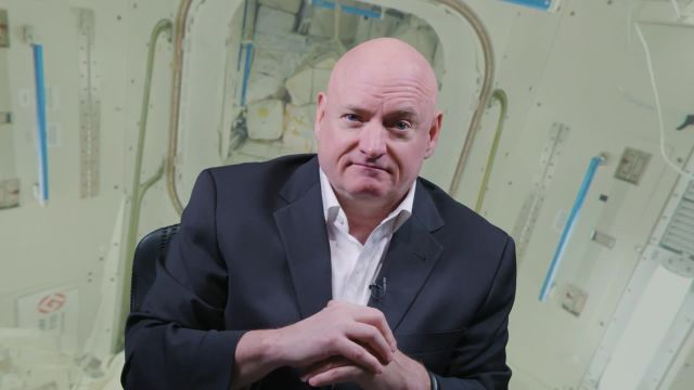 Scott Kelly, here shown giving Ars readers a visual tour of the ISS.