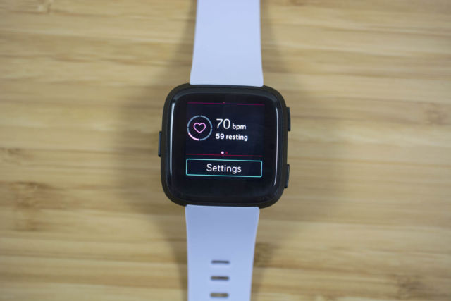 Fitbit Versa review: Slowly but surely pushing Fitbit past