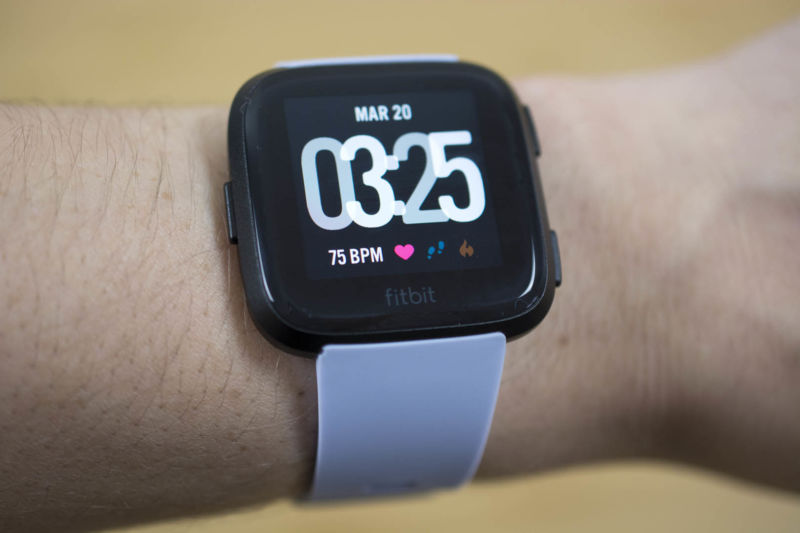"Fitbit Versa review: Slowly but surely pushing Fitbit past the ""fit"" bit"