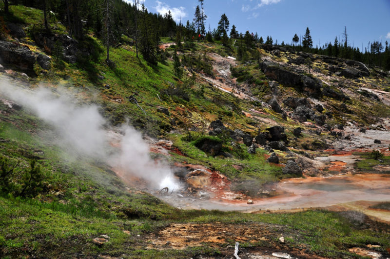 Artist Paintpots, Yellowstone National Park. Brought to you by hot rock almost 3,000 kilometers down?