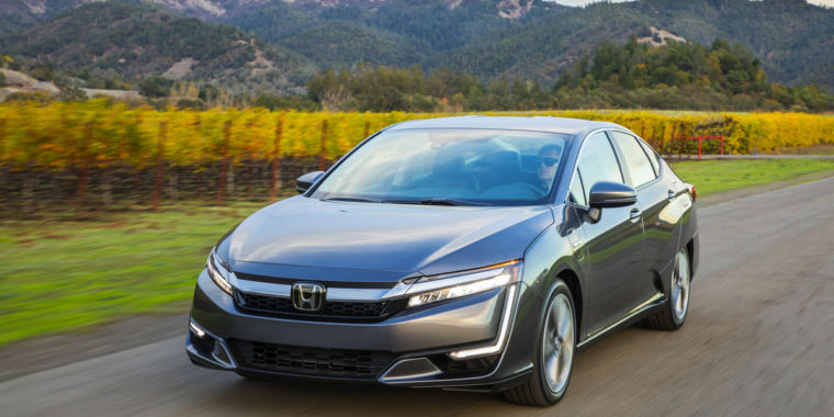 2018 Honda Clarity Plug In Hybrid Put Simply Its Complicated
