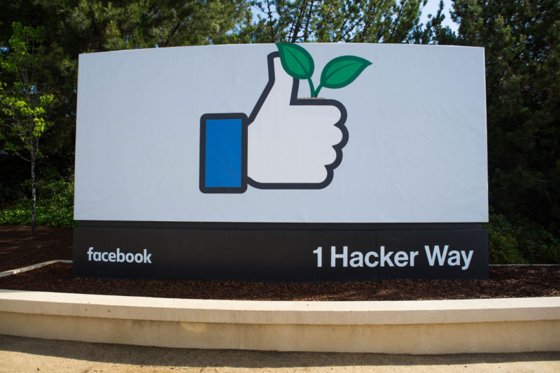 Image of a street sign indicating that Facebook headquarters is located at