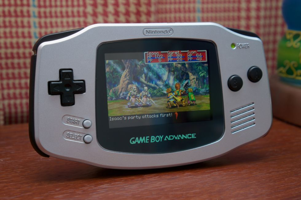 can u play game boy color games on the gameboy advance SP ...