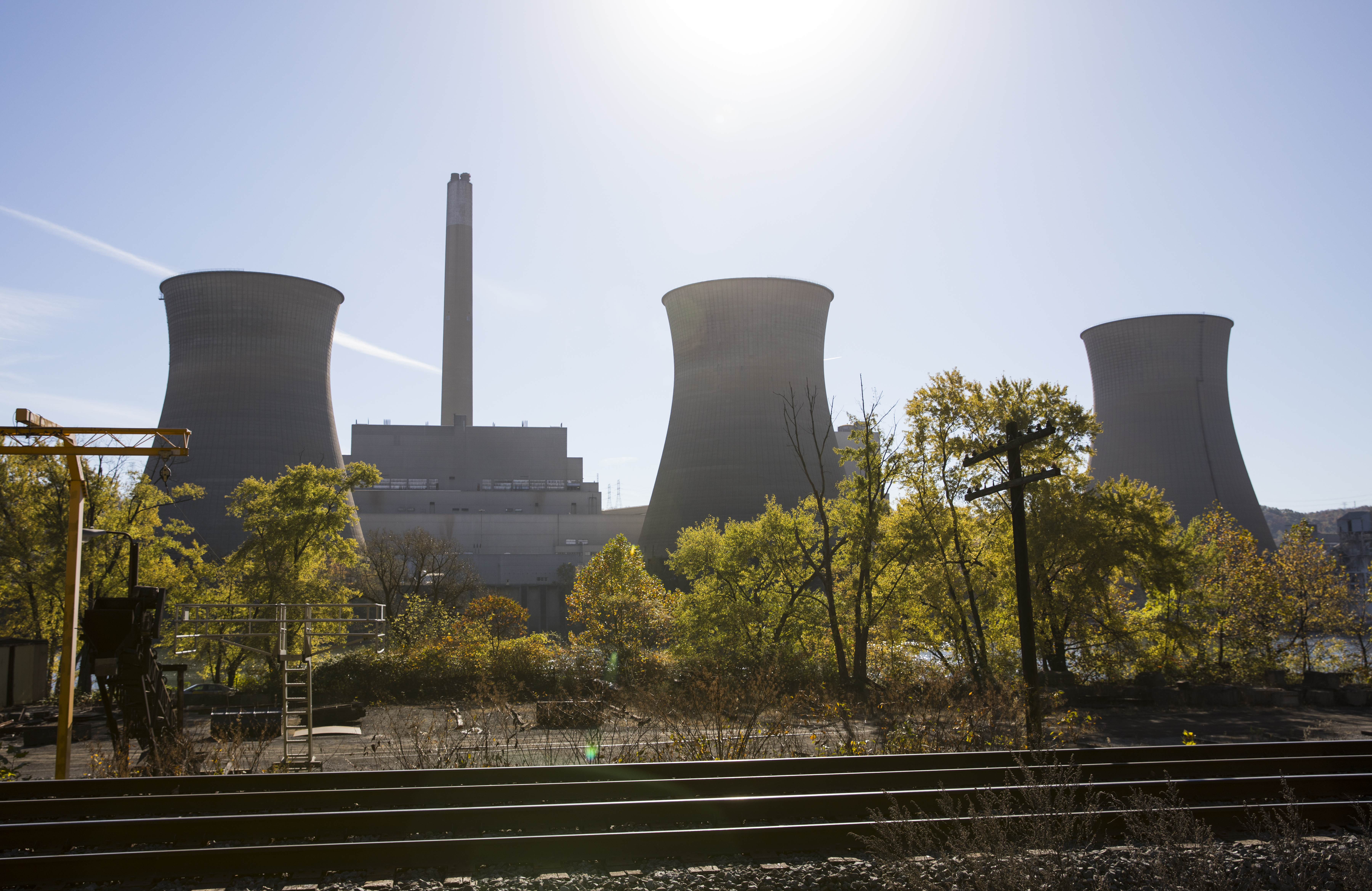 Coal Nuclear Plant Operator Files For Bankruptcy Asks Trump A Power Layout And Operation View Of The Inactive Cooling Towers At Firstenergy Corporations Bruce Mansfield Fired October 27 2017 In Shippingport Pennsylvania