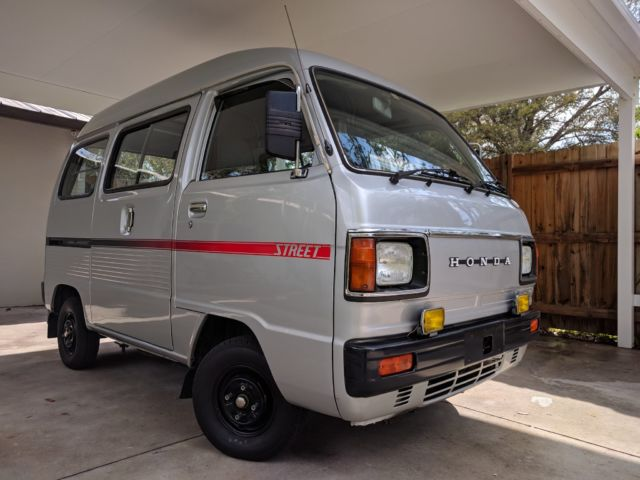 20+ 90S Vans Vehicle