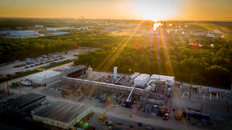 In Texas, a new power plant could redefine carbon capture