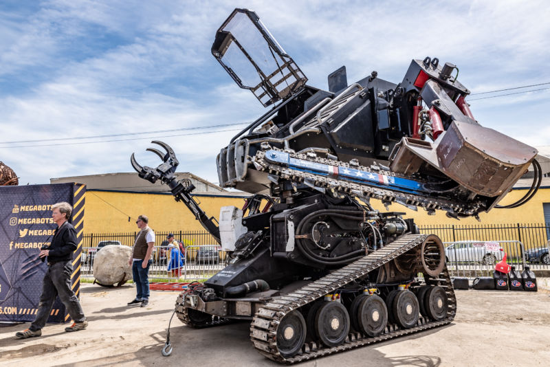 Meet <em>Eagle Prime</em>, your new robotic overlord.