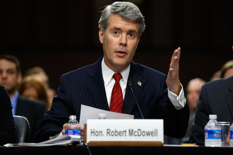 Former FCC commissioner Robert McDowell testifying at a Senate committee hearing.