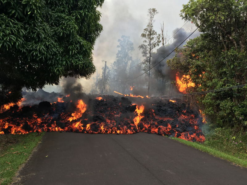 Lava pouring from a fissure in the Leilani Estates neighborhood.