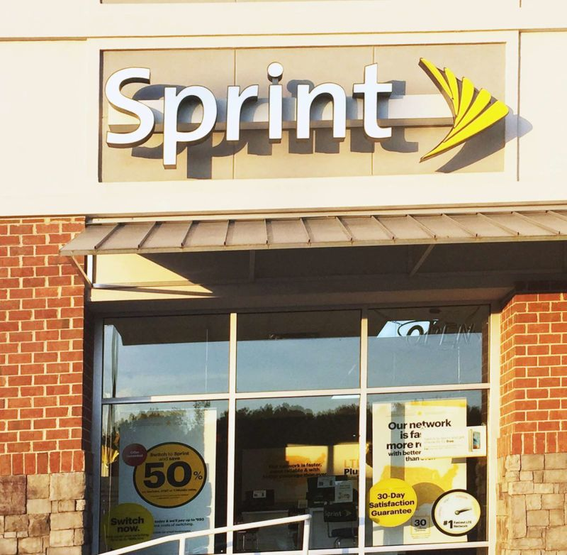 A Sprint storefront with Sprint logo and advertisements.