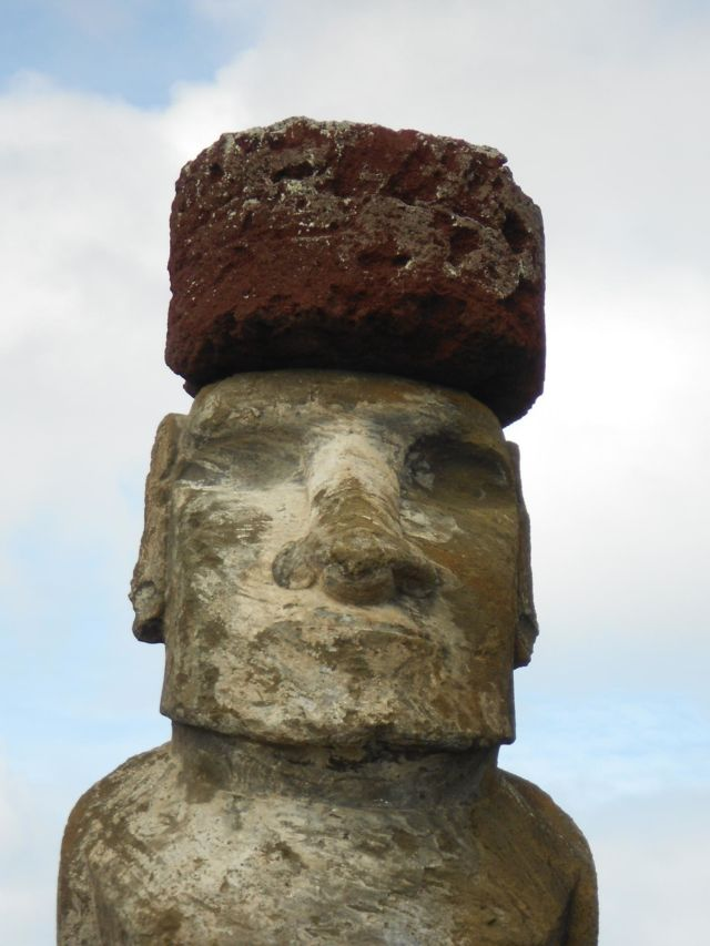 Both the hats and the statues have weathered over the last several centuries.