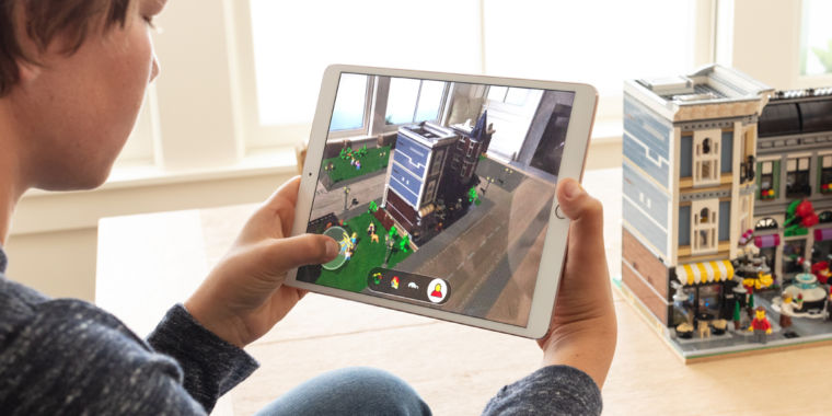 photo image ARKit 2: Why Apple keeps pushing AR, and how it works in iOS 12
