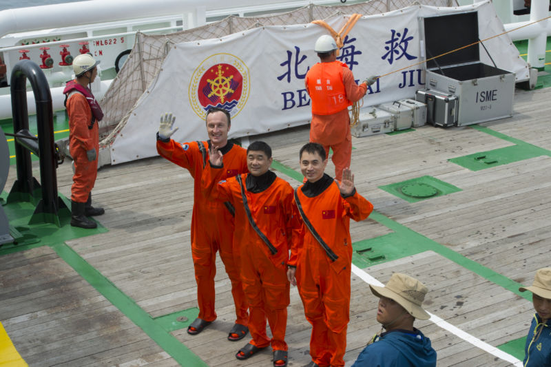 ESA astronaut Matthias Maurer joined Chinese colleagues in Yantai, China, to take part in their sea survival training on August 19, 2017.