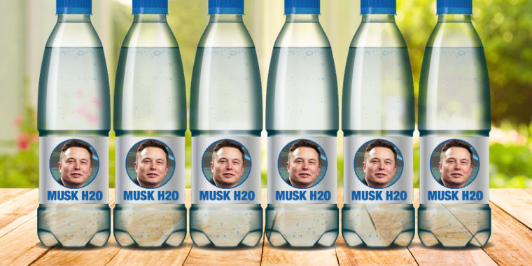 photo image Elon Musk says he will fund fixing Flint's foul water