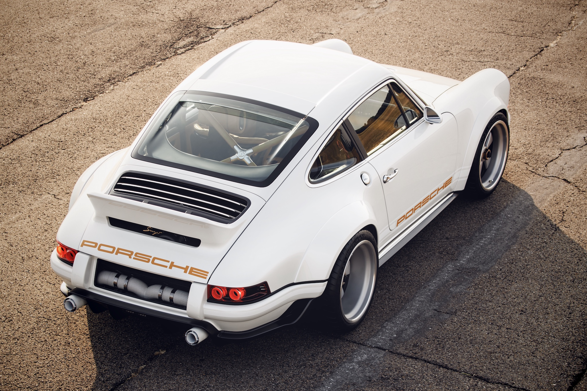 """a1845e7b57a Working on this Singer 911 restoration """"turns"""" Williams F1 engineers ..."""