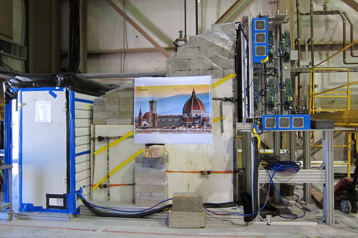 Los Alamos scientists built a mockup wall to test the double-detector concept.