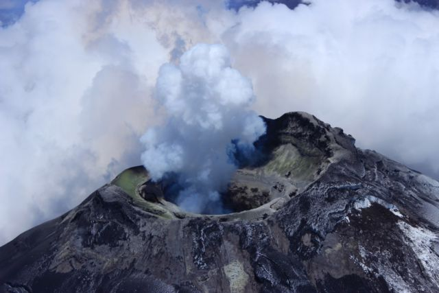 "The Cotopaxi volcano in Ecuador is ""the largest pipe organ you've ever come across."" <em>Credit: Silvia Vallejo Vargas/Insituto Geofisico, Escuela Politecnica Nacional (Quito, Ecuador)</em>"