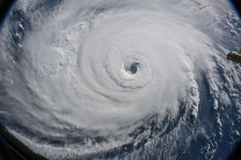 Hexbyte - Tech News - Ars Technica | Satellite view of a hurricane.
