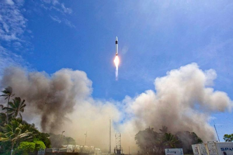 The Falcon 1 rocket ascends toward space on its fourth flight.