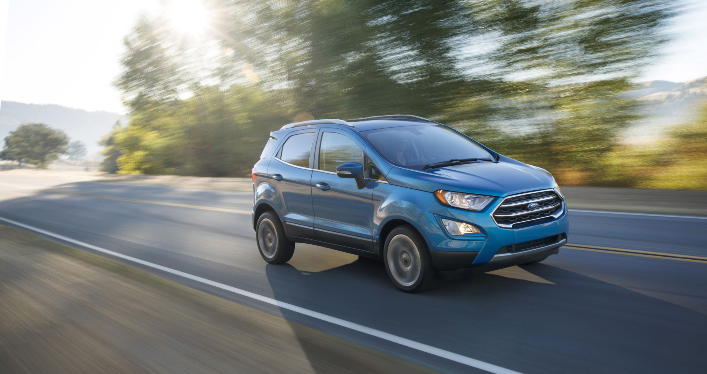 Enlarge the ford ecosport out on the highway