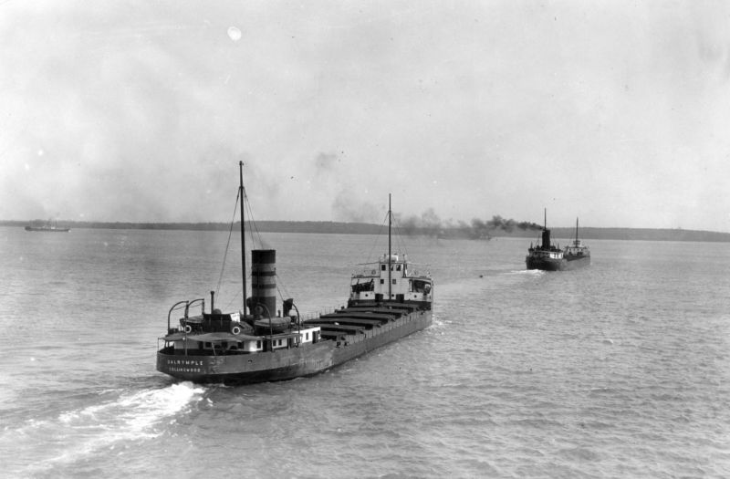 Boats carrying grain on the Great Lakes in November 1918.