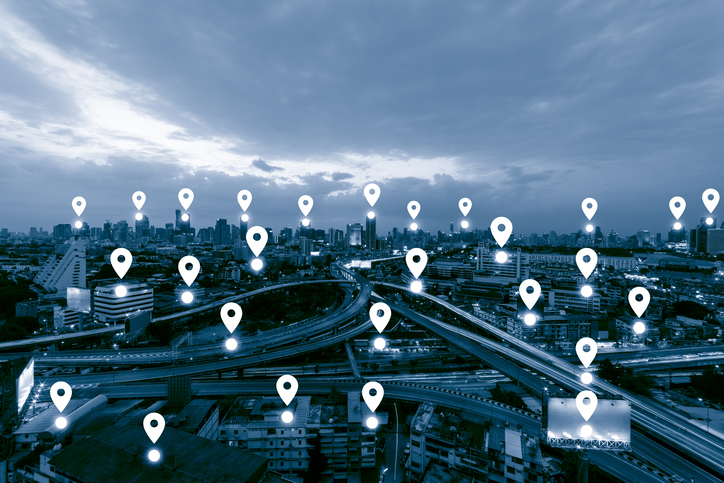 Dozens of iOS apps surreptitiously share user location data with tracking firms