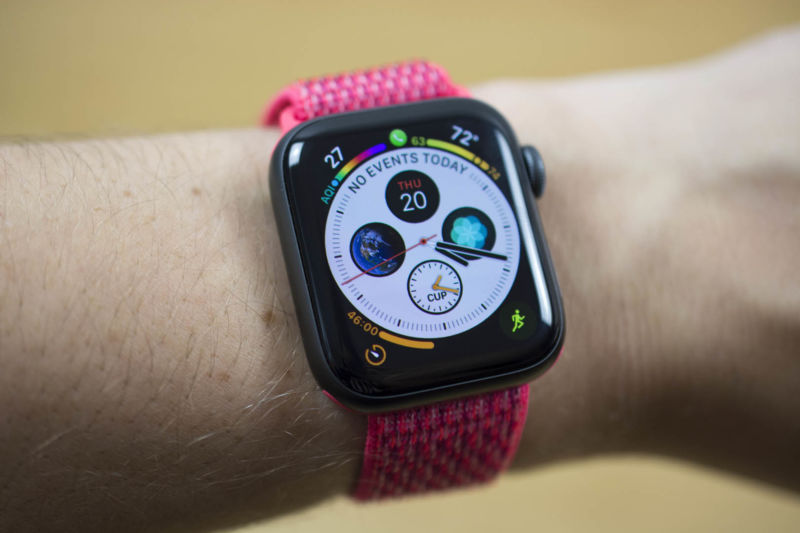 badc6d99f1bf25 Apple Watch Series 4 review: A bigger, better watchOS experience ...