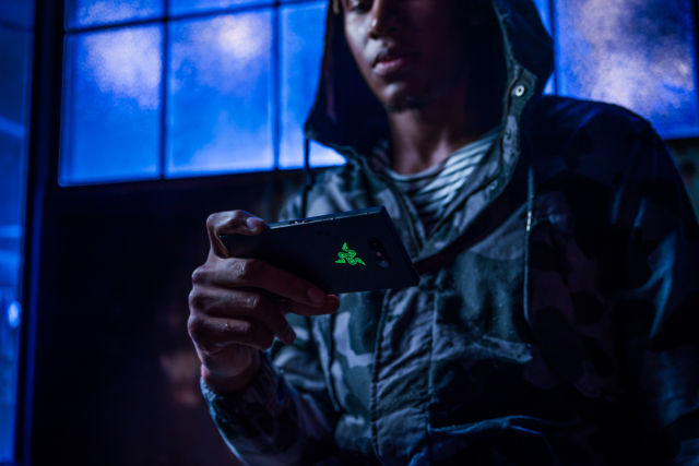 The new Razer Phone 2 tries again to make the 120Hz gamer