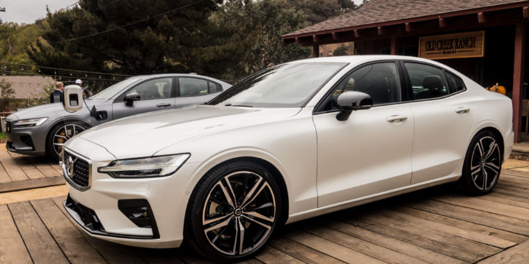 The 2019 Volvo S60 is Swedish Style at a Surprisingly Good Price