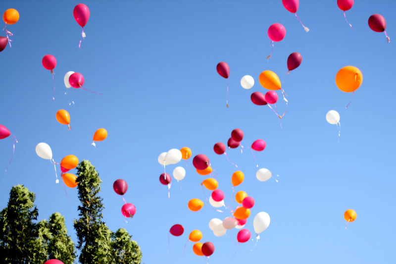 Hexbyte - Tech News - Ars Technica | Helium-filled balloons.