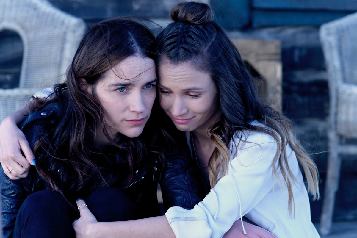 The Earp sisters share a quiet moment before the final confrontation with Bulshar.