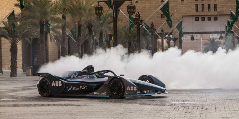 Formula E Starts Season 5 In Saudi Arabia With A Faster Electric