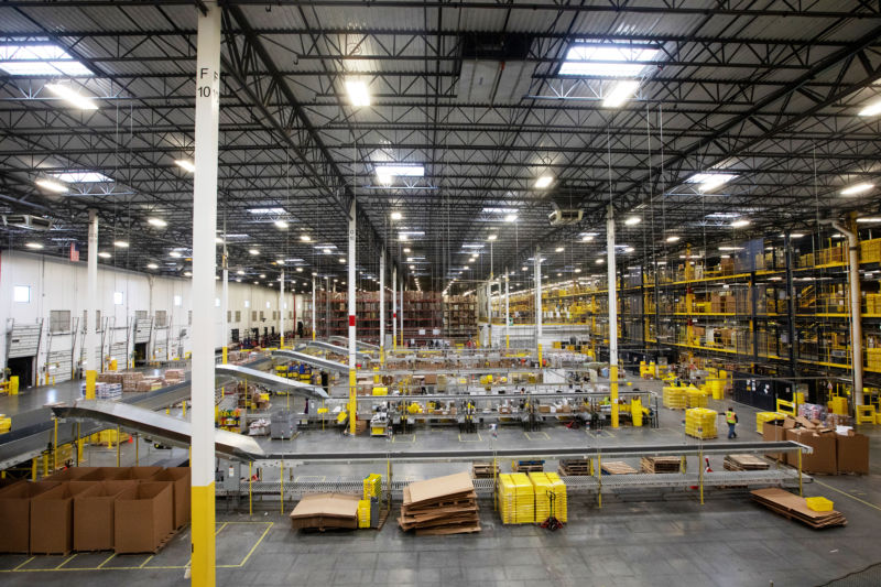 Robbinsville Amazon warehouse