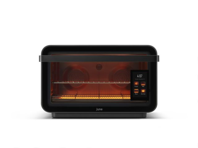 Review: The June oven made me want a camera in every cooking