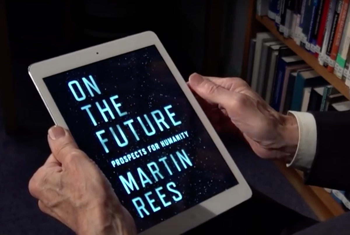 Renowned cosmologist Martin Rees holds the electronic version of his latest book, <em>On the Future</em>.&#8217; ><img alt=