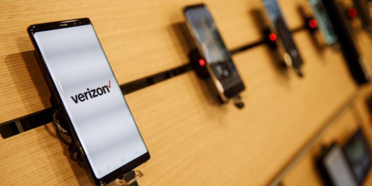 "Verizon Blames School Text Provider in Dispute Over ""spam"" Fee"